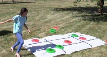 Frisbee Tic Tac Toe Game